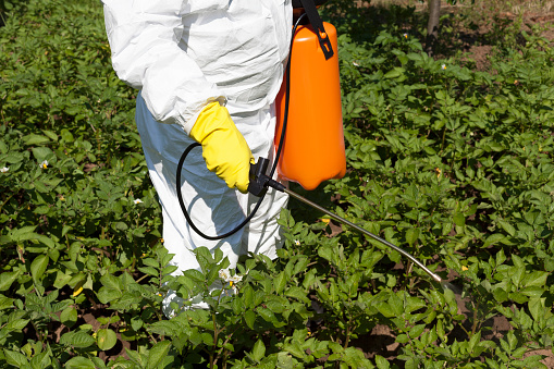10 Best Reasons to Purchase Ag Chemicals from EzBuyAg